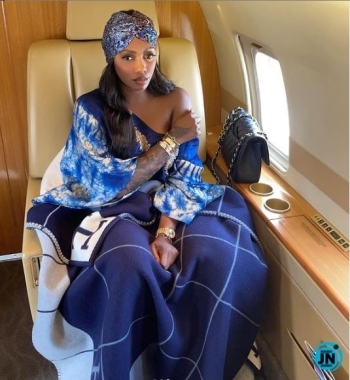 """""""Pray you're watching over me"""" – Singer Tiwa Savage visits father's house after his exit (Video)"""